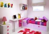 Habitación convertible en versión infantil a la medida combinando lila, fucsia